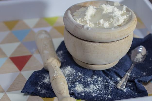モルタルを含む木製品の天然粉