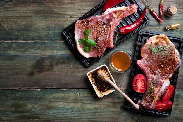 生肉、ビーフステーキ