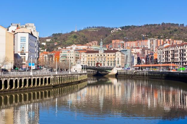 Бильбао, страна басков, испания городской пейзаж
