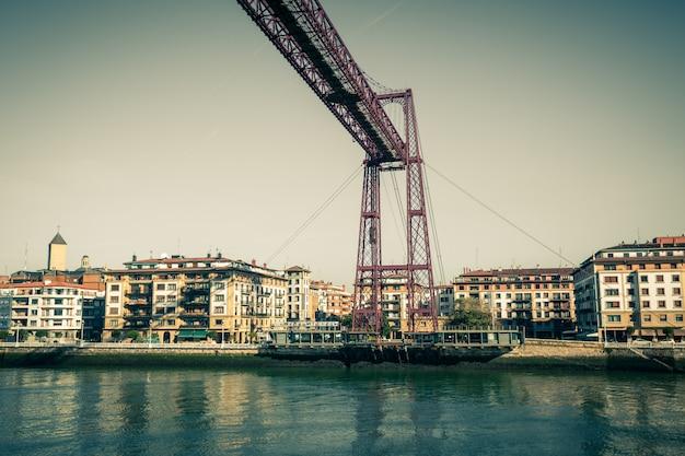 Подвесной мост бискайя в португалете, испания