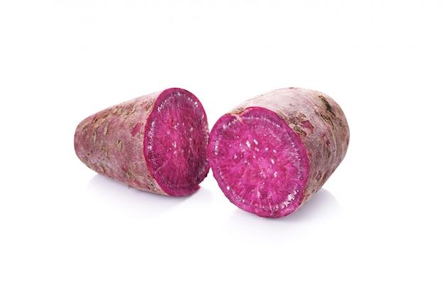 白地に紫の甘いヤムイモ。
