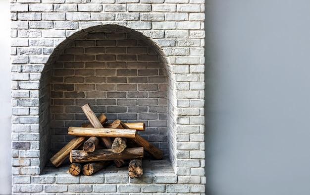 木材ログ暖炉レンガインテリア