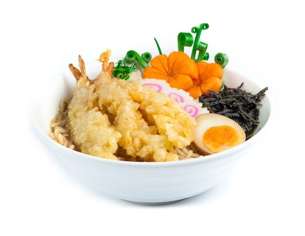 Мисо рамен тонкая лапша в соевом супе темпура японская еда