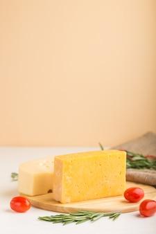 ローズマリーとトマトのチーズ各種
