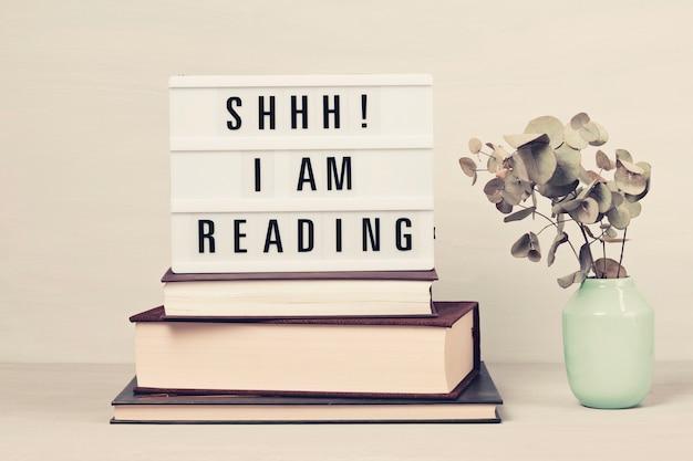 Куча книг и лайтбокс