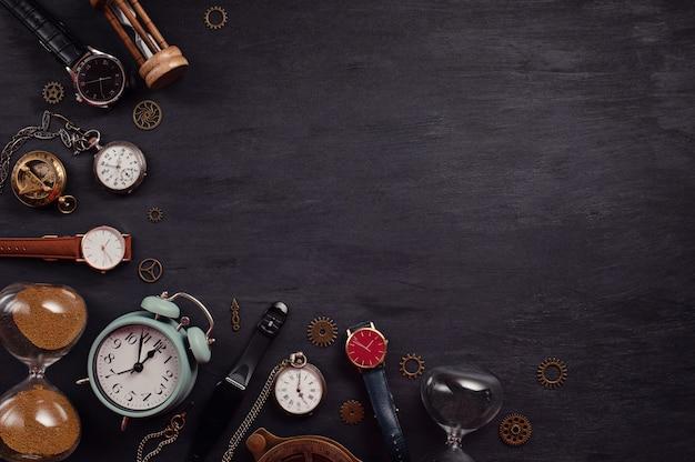 さまざまな時計のコレクション