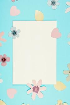 春、イースター装飾背景と空のカード