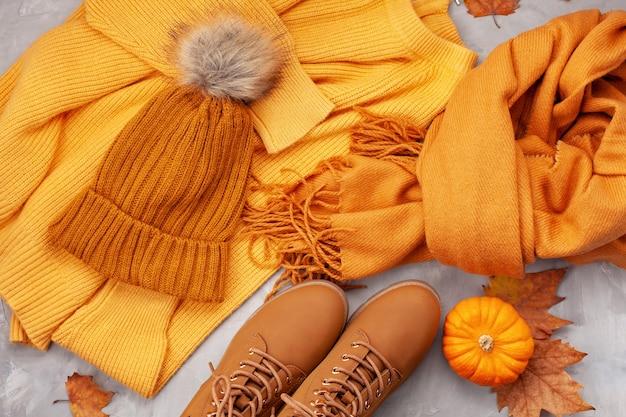 寒さのための快適な暖かい服装