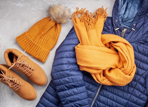 快適な暖かい服装のフラットなレース