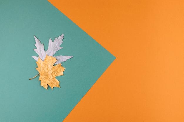 秋秋の背景。秋が来ます。最小限の創造的な平置き