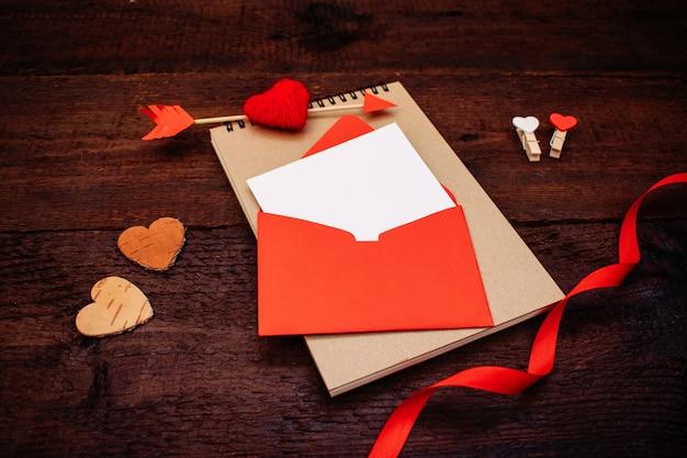 バレンタインの日グリーティングカード、バナー、モックアップ