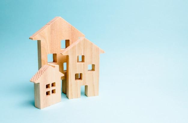 不動産の売買、建設。アパートとアパート。
