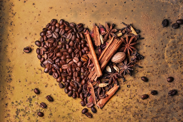 コーヒー豆とスパイス