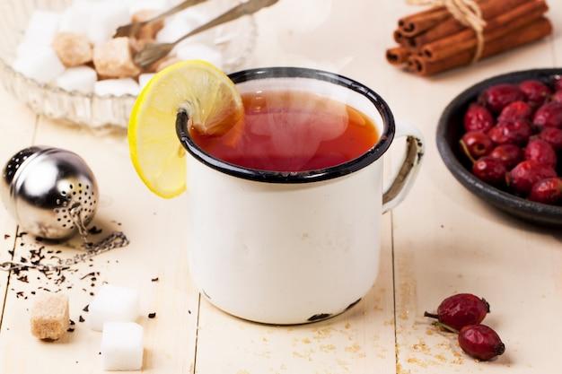 Винтажная кружка чая