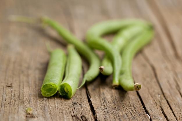 生の緑豆のクローズアップ