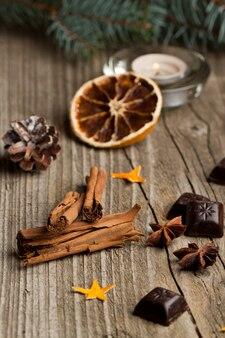 Корица, анис, апельсин и шоколад