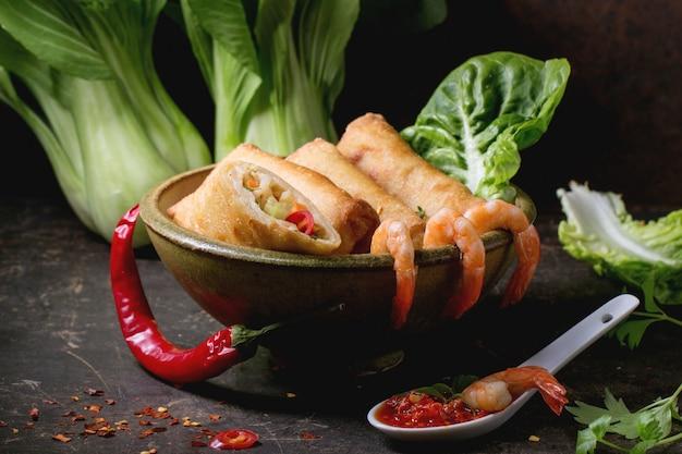 Спринг роллы с овощами и креветками