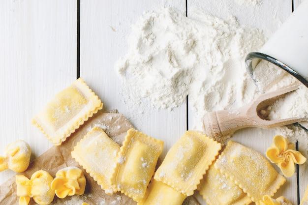 小麦粉のパスタラビオリ