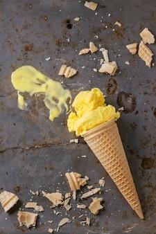 Манго мороженое