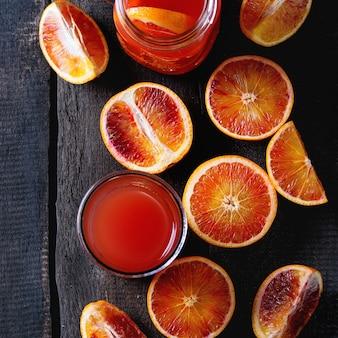 Кровавые апельсины с соком