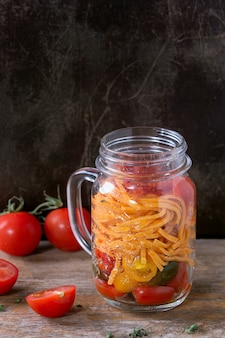 メイソンジャーのトマトパスタ