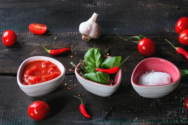Ингредиенты для приготовления кетчупа