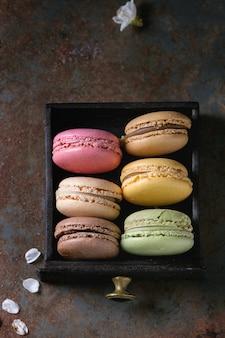 様々なフランスのデザートマカロン