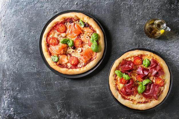 Пицца с брезаолой и лососем