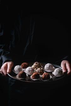 手作りチョコレートトリュフ