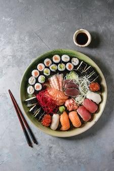 Суши сашими набор