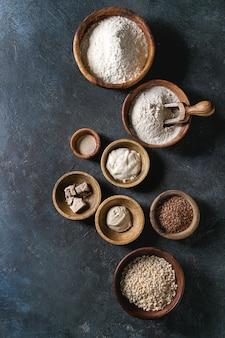 小麦粉や穀物の様々な