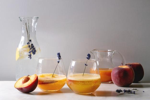 桃のカクテルレモネード
