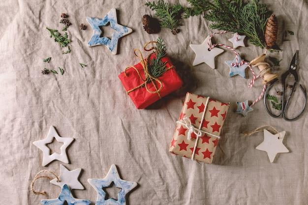 クリスマスの星とプレゼント
