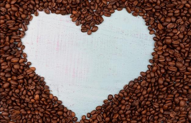 Зерна ароматного кофе