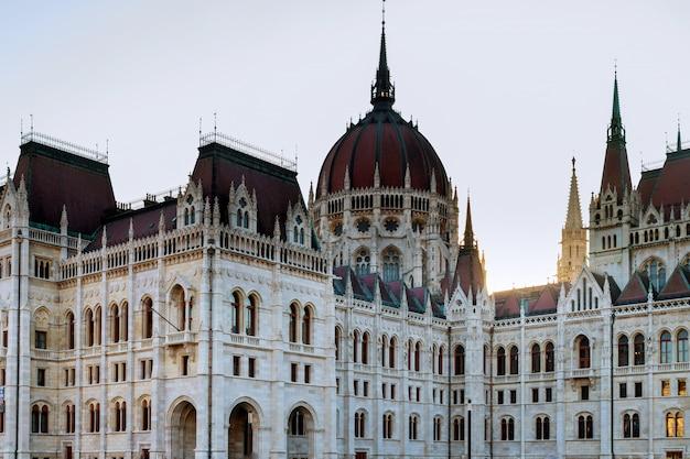 ブダペストのハンガリー国会議事堂