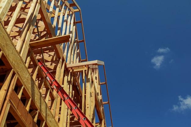 建設中の新しい建物