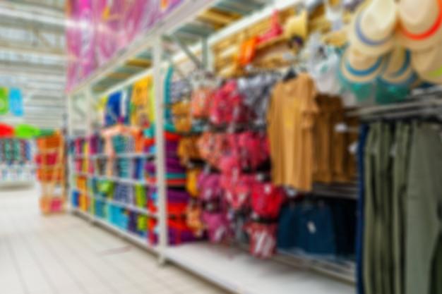 ショッピングエリアのインテリア。背景をぼかした写真。