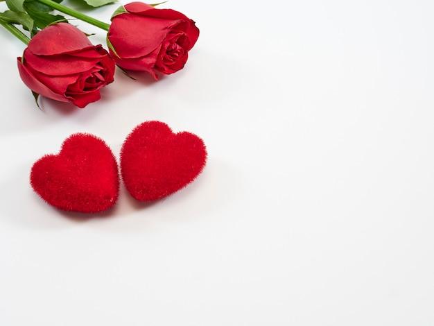 バレンタインカード、赤いバラとハート