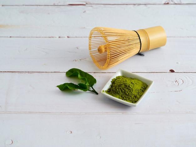 Традиционный японский зеленый чай матча