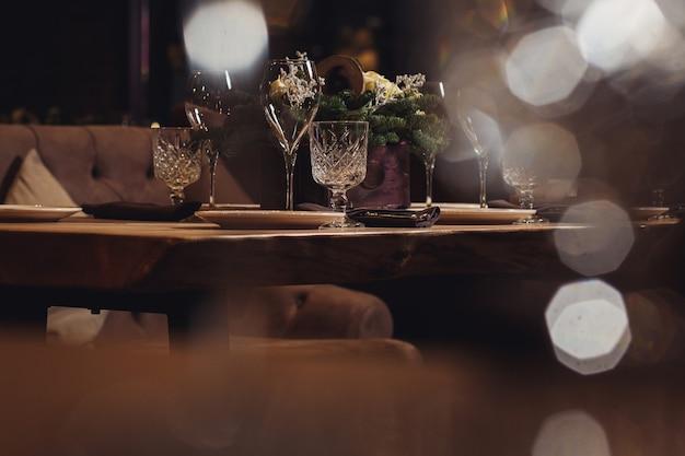 クリスマスディナーのテーブル