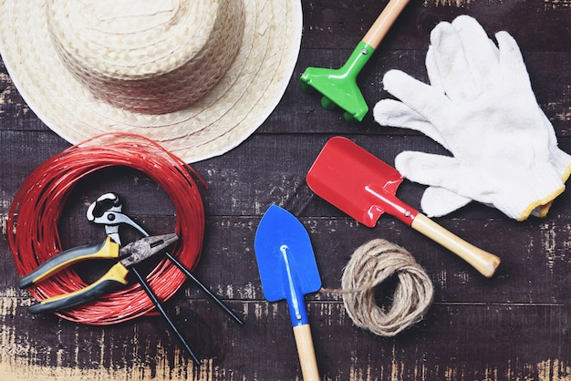 ダークウッドの園芸工具