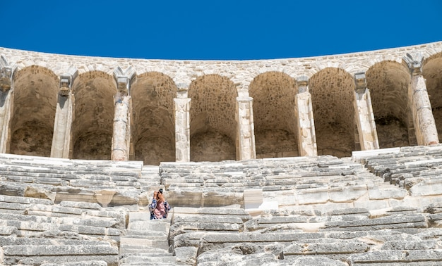 アスペンドス古代ギリシャ都市の劇場-アスペンドス円形劇場アンタルヤトルコ