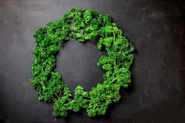 野菜とハーブの花輪