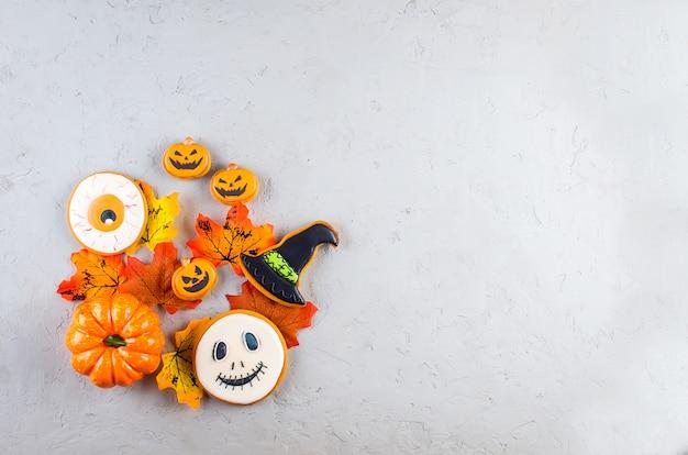 Хэллоуин фон с печеньем, тыква, листья
