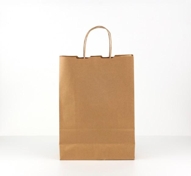 Бумажный пакет из переработанных материалов