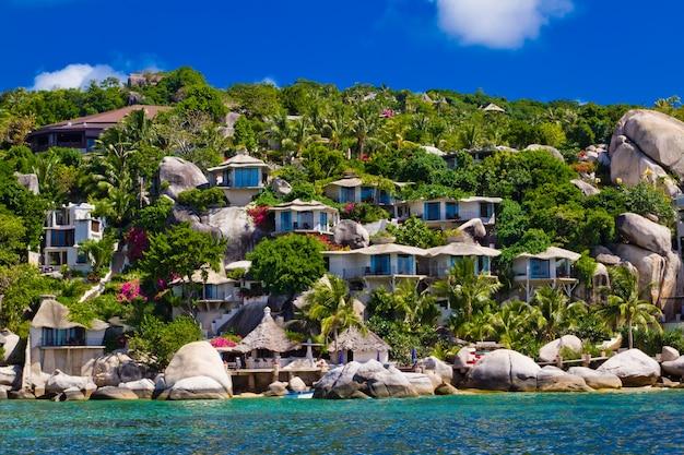 Прекрасный тропический курорт. остров ко тао, королевство таиланд