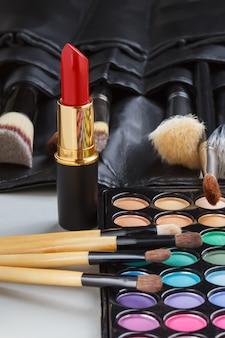 Коллекция макияжа