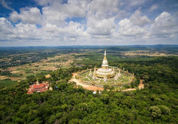 Вид с воздуха ват пхамам йой, храм пхамам йой, рой и таиланд