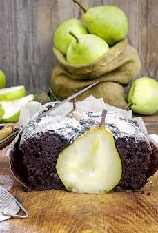 梨とパイ。セレクティブフォーカス自然ボイ食品。