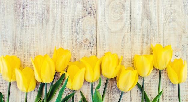 ギフトと花セレクティブフォーカス休日やイベント